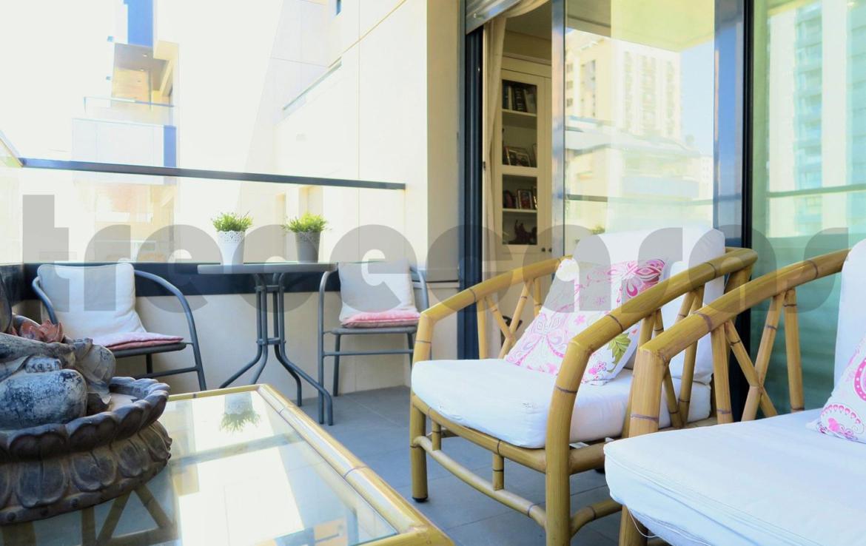Piso lujo-Cortes Valencianas-terraza