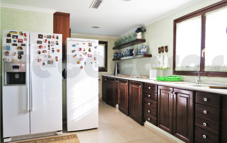 Chalet lujo-torre conill-cocina