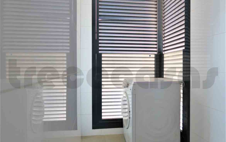 Piso lujo-cortes valencianas-lavadero